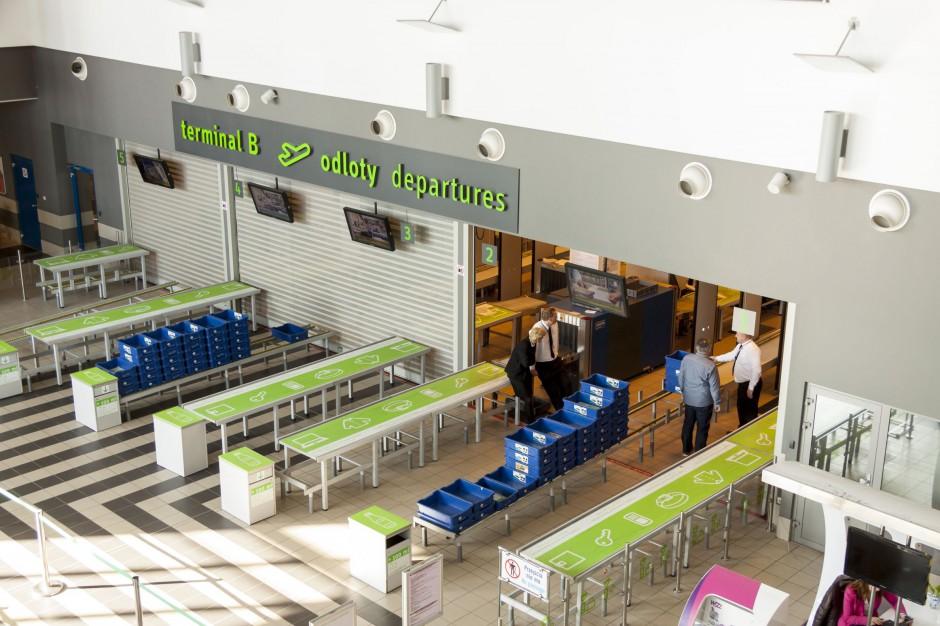 Katowice, lotnisko: Rozbudowa głównego terminalu przesunięta