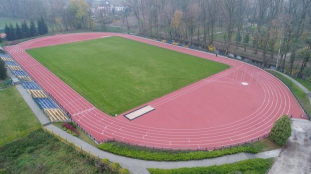 Stadion c w Ciechanowie po modernizacji (fot.ciechanow.pl)