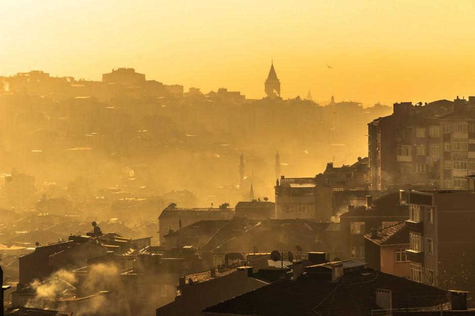 Paweł Ciećko: Samorządy są odpowiedzialne za smog