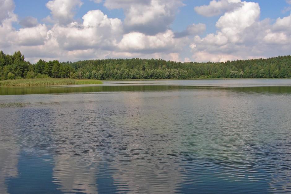 Podpisano umowy na rekultywację jeziora Gołdap