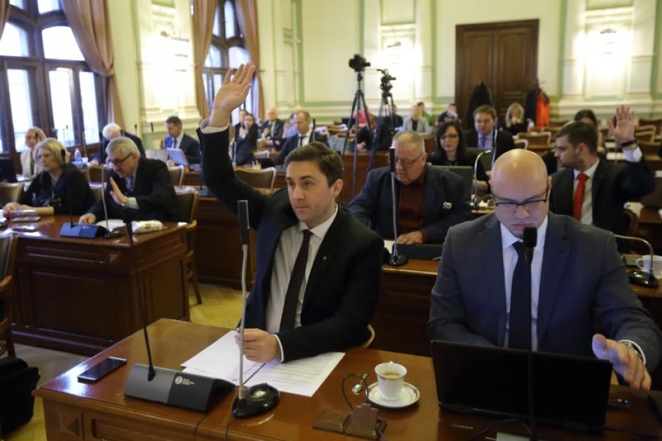 Gdańscy radni PO chcą wstrzymania prac nad zmianami w kodeksie wyborczym