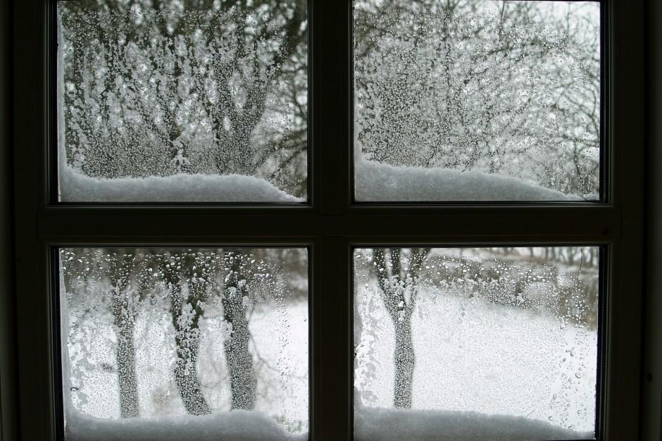 Warmińsko-mazurskie: Awarie po opadach śniegu