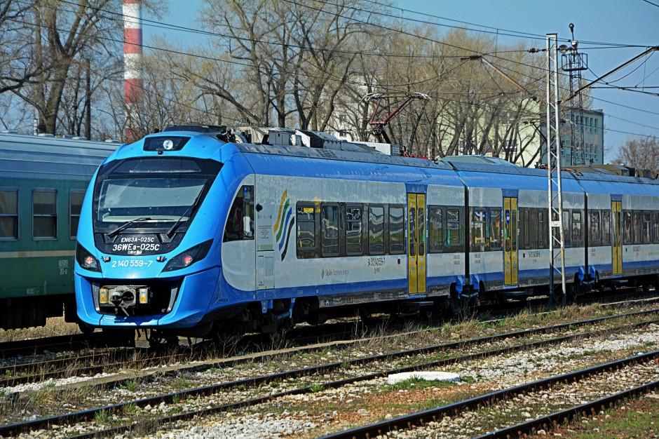 Remonty torów kolejowych skomplikują kursowanie pociągów w woj. śląskim
