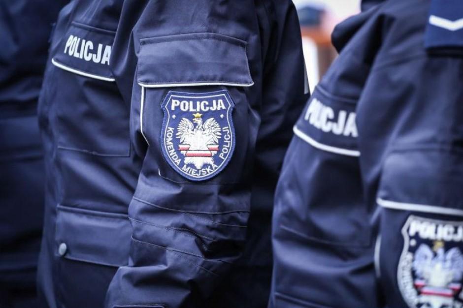 Rady miast, gmin i powiatów już nie dla policjantów?