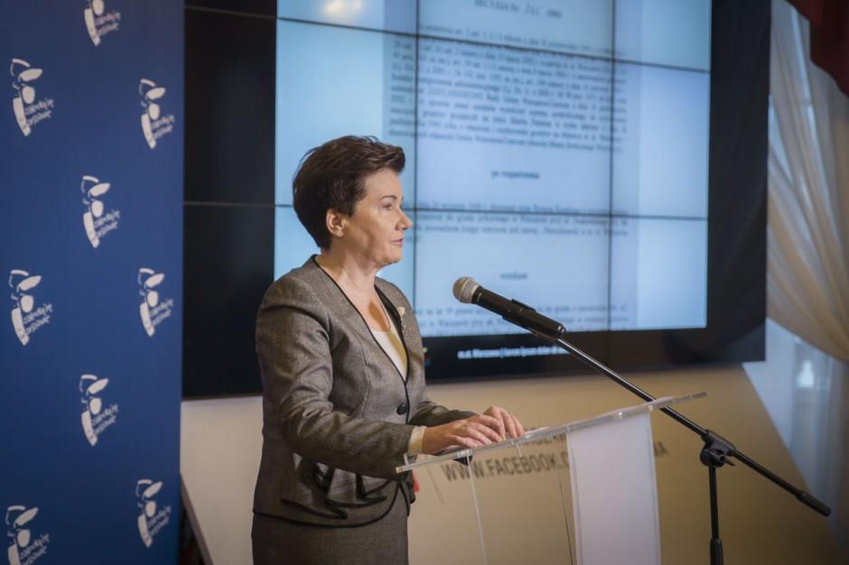 Prokurator doprowadzi Hannę Gronkiewicz-Waltz przed komisję? PiS zmienia prawo