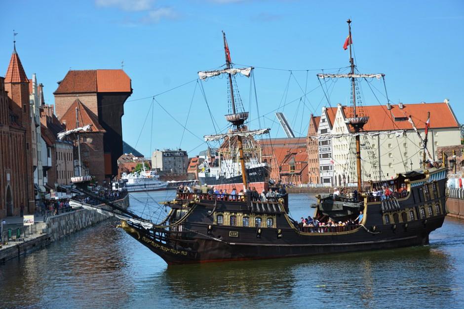 Coraz więcej osób w Gdańsku chce być wolontariuszami