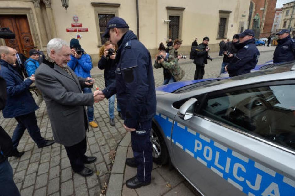 Kraków dołożył się do hybrydowych samochodów dla Policji