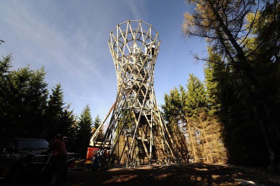 Na granicy Wałbrzycha i Jedliny Zdrój powstała wieża widokowa