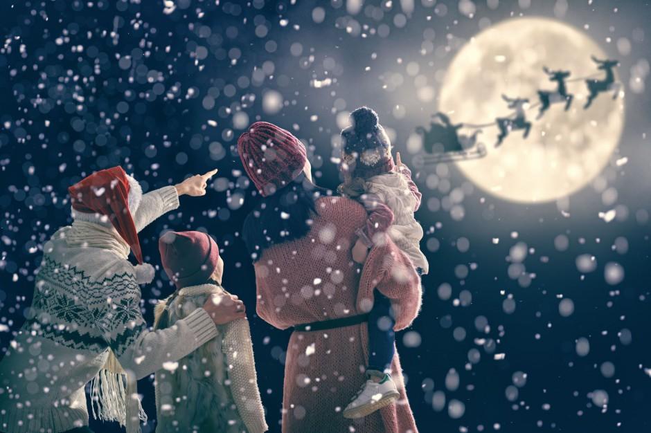 Boże Narodzenie: Polacy coraz częściej wyjeżdżają na święta. Gdzie?