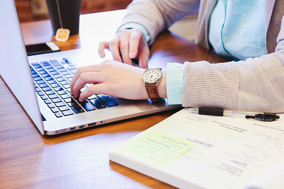 ePUAP, BIP: E-usługi urzędów kończą się na przyjmowaniu formularzy?