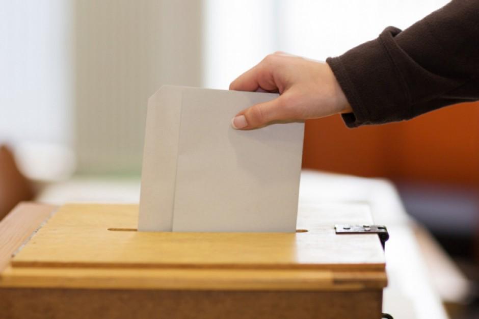 Przewodniczący PKW o zmianach w Kodeksie wyborczym chce rozmawiać z prezydentem Dudą