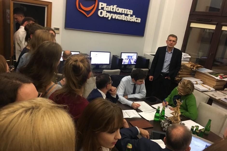 Wybory 2018 bez głosowania korespondencyjnego. Poseł PO będzie woził niepełnosprawnych do lokali wyborczych