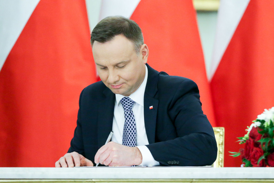 Andrzej Duda podpisał nowelizację ustaw w sprawie matur