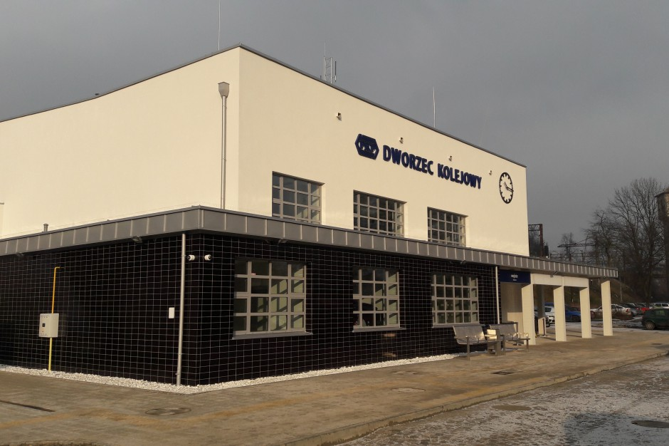 Dworzec w Miechowie po remoncie. Pierwsza taka inwestycja w regionie