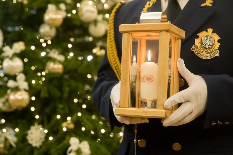 Boże Narodzenie: Harcerze pomagają przygotować się do świąt