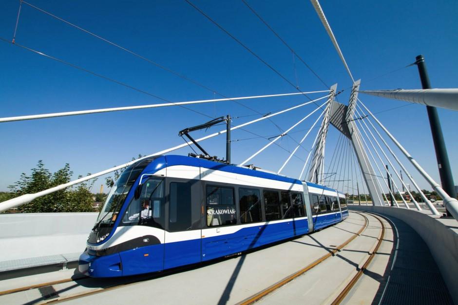 Szwajcarzy chcą jeździć polskimi tramwajami