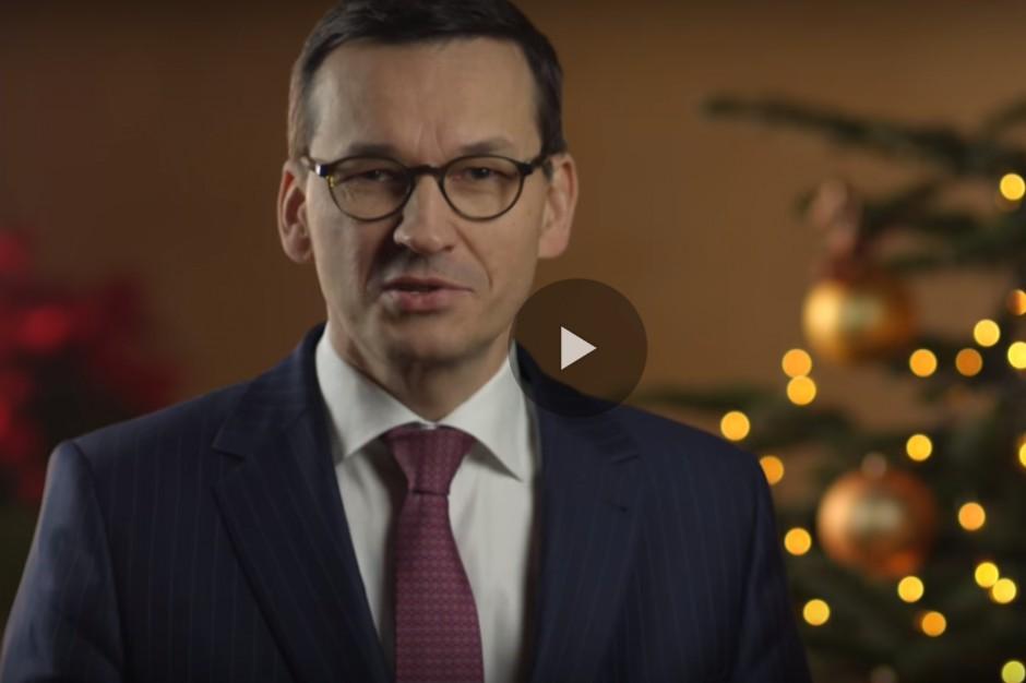 Życzenia świateczne od premiera Morawieckiego: Niech opłatek nas rzeczywiście połączy