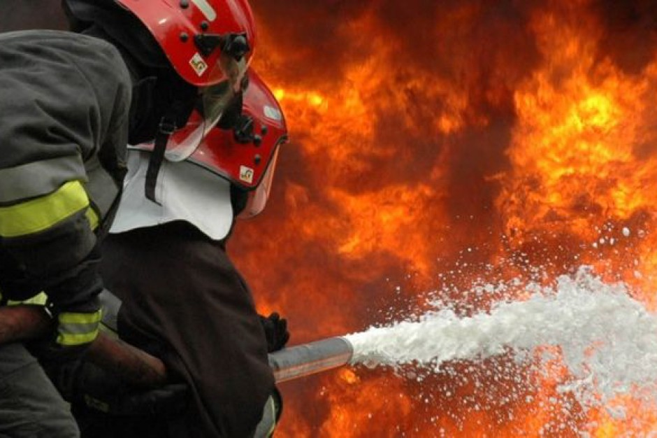 Pożary, silny wiatr, opady deszczu. Prawie 1700 interwencji straży pożarnej w wigilię