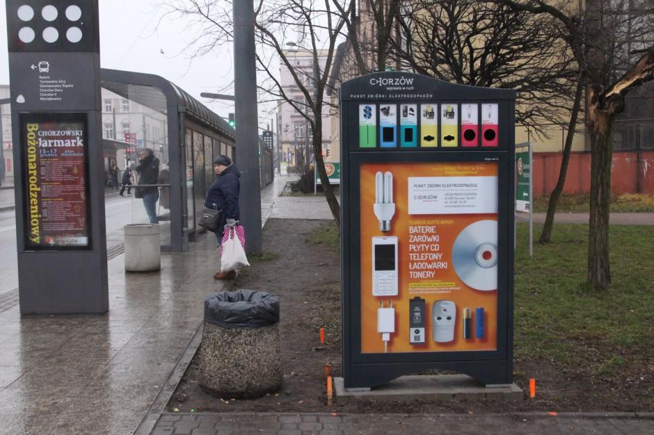 Na rynku w Chorzowie stanął pojemnik na drobne elektroodpady