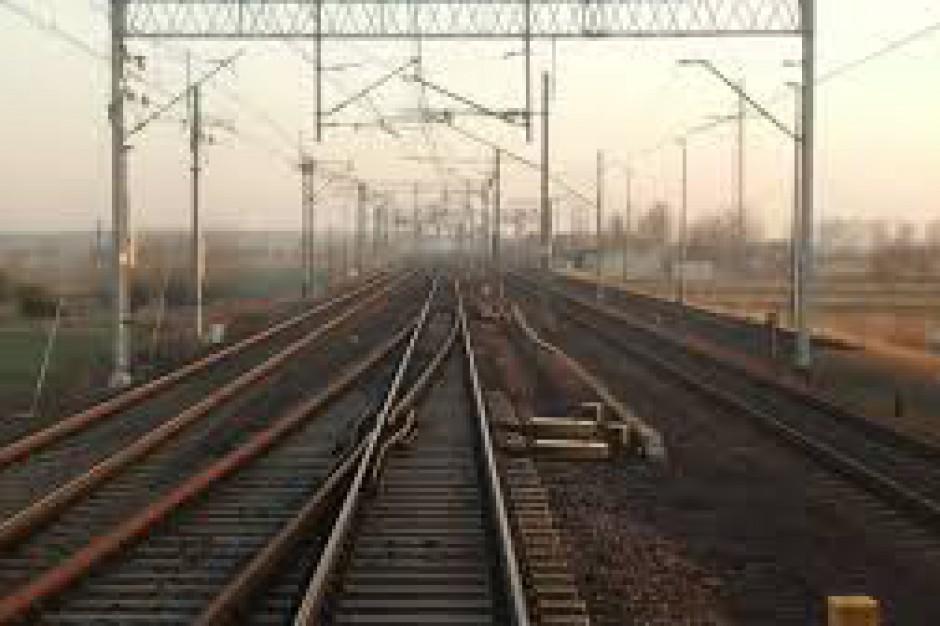 Świętokrzyskie. Podpisano umowę na budowę nowej linii kolejowej w regionie