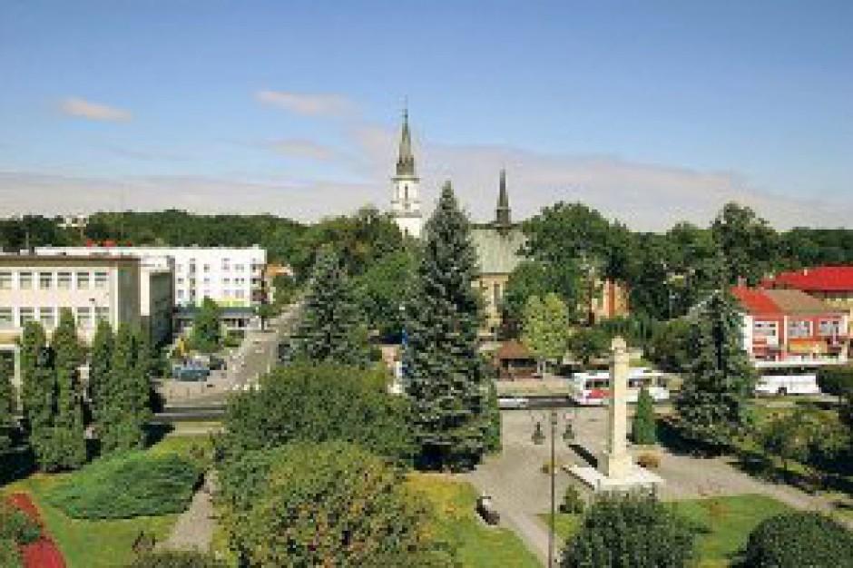 Rzeszów. Akt oskarżenia ws. oszustwa w starostwie powiatowym w Ropczycach