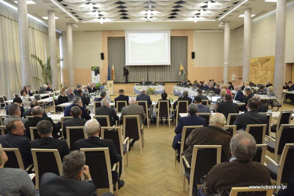 Lubelskie. Sejmik przyjął budżet województwa na 2018 r.