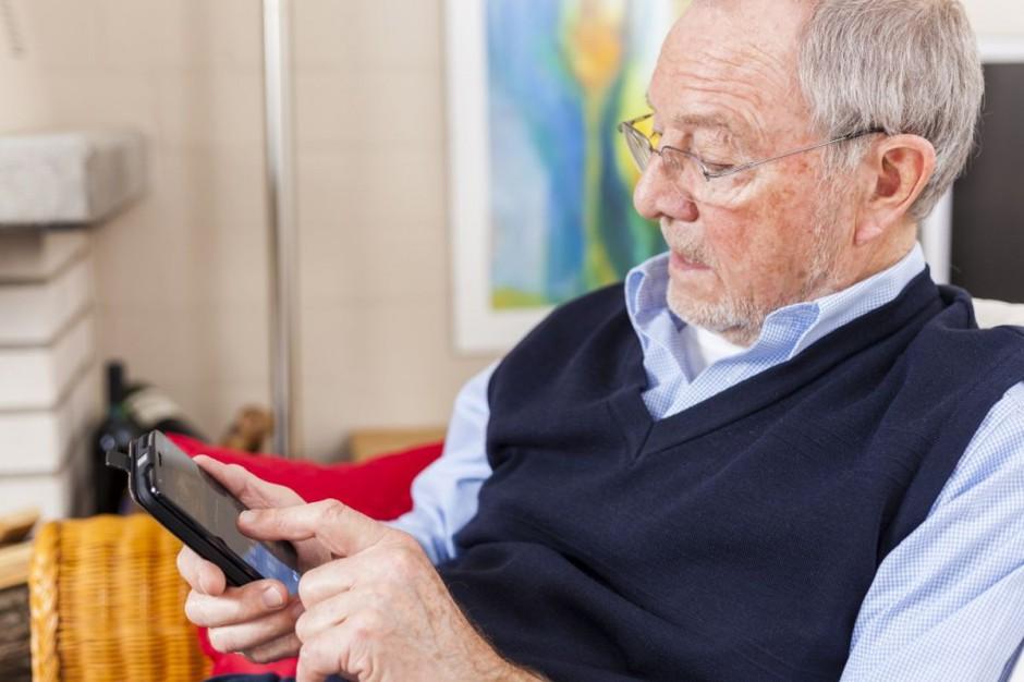 Warmińsko-mazurskie rusza z teleopieką dla seniorów