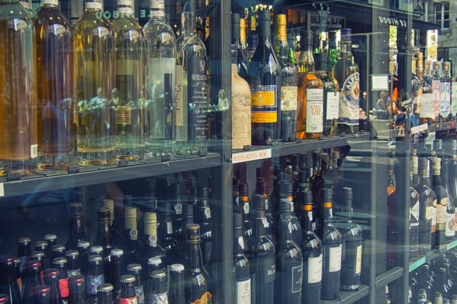Stołeczne sklepy z alkoholem mają problem