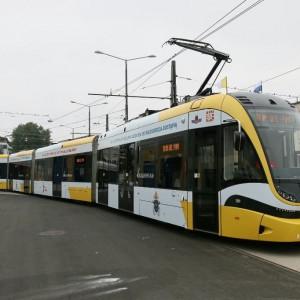 Kraków na lokalny transport zbiorowy w tym roku planuje wydać 520 mln zł. W ubiegłym roku na ten sam cel zapisano 468 mln zł. Spore kwoty przeznaczone zostaną na budowę, rozbudowę i przebudowę linii tramwajowych oraz torowisk – największą część z tej puli stanowią pieniądze na III etap budowy linii tramwajowej KST (57,4 mln zł, z czego fundusze własne miasta to 32,2 mln zł). W budżecie zapisano także pieniądze na przebudowę dwóch stacji Szybkiej Kolei Aglomeracyjnej (28,4 mln zł, z czego środki własne miasta mają stanowić 4,4 mln zł) oraz 4,9 mln zł (2,4 mln zł mają stanowić środki własne miasta) na studium wykonalności budowy metra. Fot. mat MPK Kraków