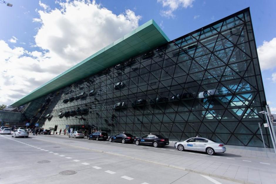 Krakowskie lotnisko obsłużyło ponad 5,8 mln pasażerów w ub.r.