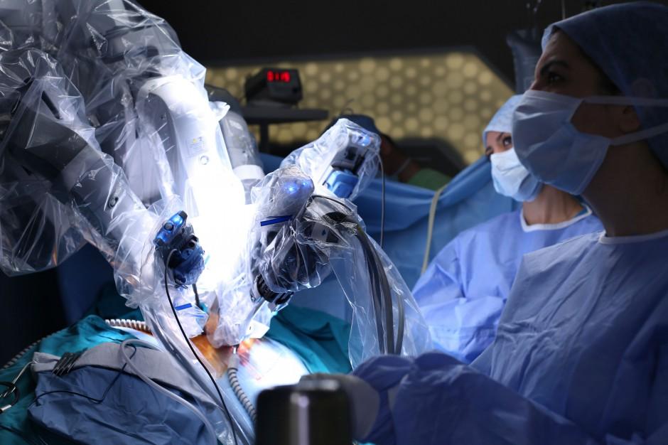 Fundusze unijne dla szpitali w Wielkopolsce wesprą chirurgię Da Vinci