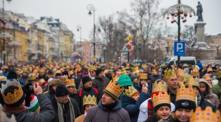 Warszawa - tak prezentował się orszak Trzech Króli w stolicy (fot. Twitter/Warszawa)