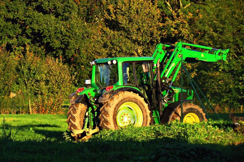 Duże pieniądze dla rolników. Ministerstwo Rolnictwa ogłasza nabory w ramach PROW