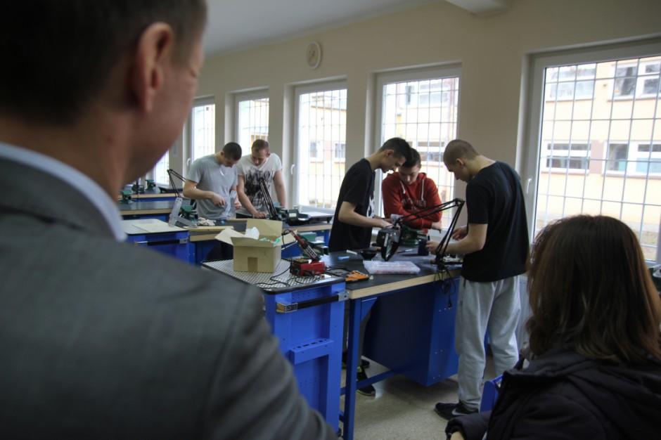Zachodniopomorskie dofinansuje placówki kształcenia zawodowego