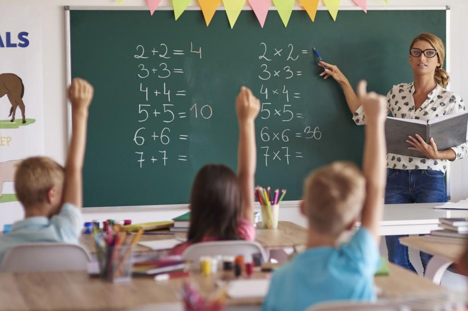 Prace nad oceną nauczycieli także bez ZNP?