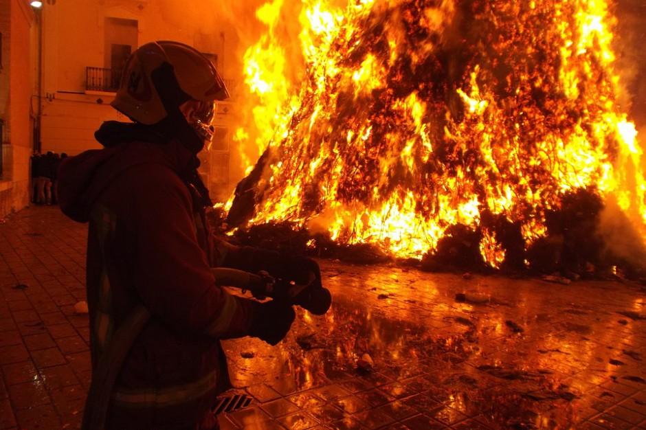 Pożar kamienicy w centrum Radomia