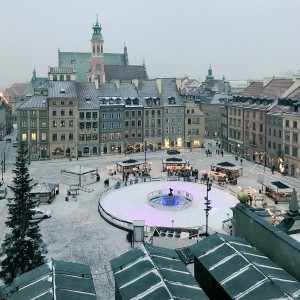 Warszawa cieszy się z zimowej aury.   Fot: Twitter, Warszawa