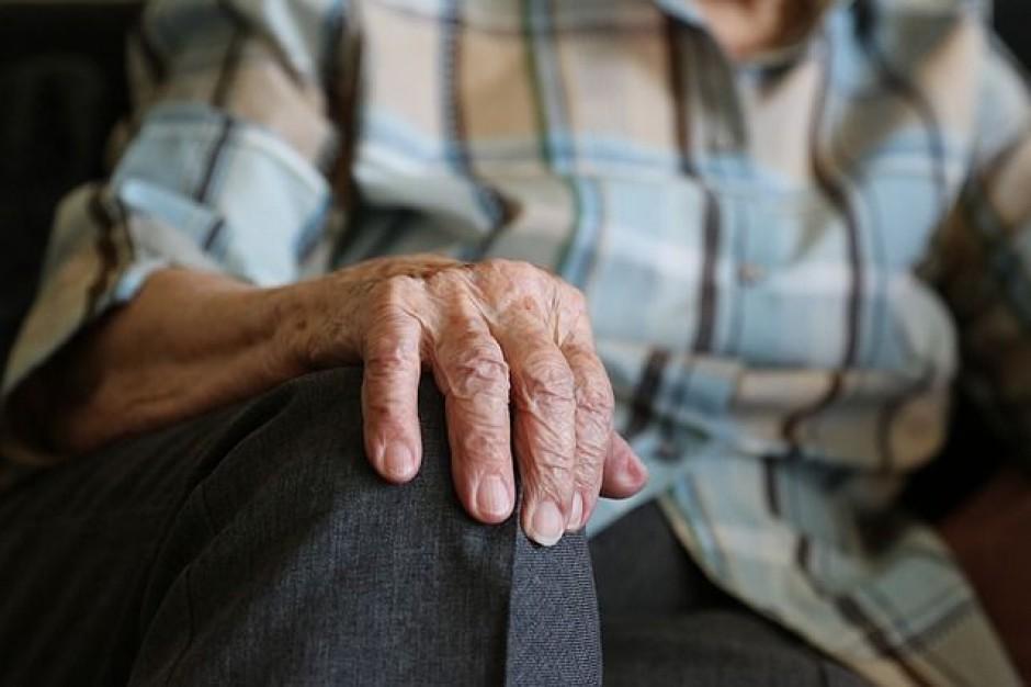 Podkarpackie: 4,7 mln zł z UE na opiekę i pomoc dla osób starszych lub niepełnosprawnych
