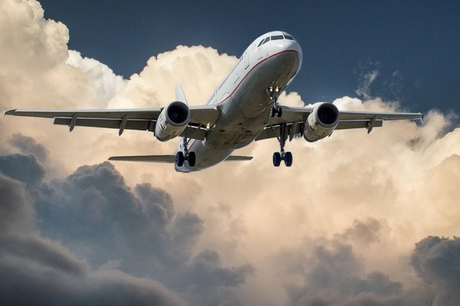 PLL LOT złożyły do UOKiK skargę na lotnisko w Modlinie