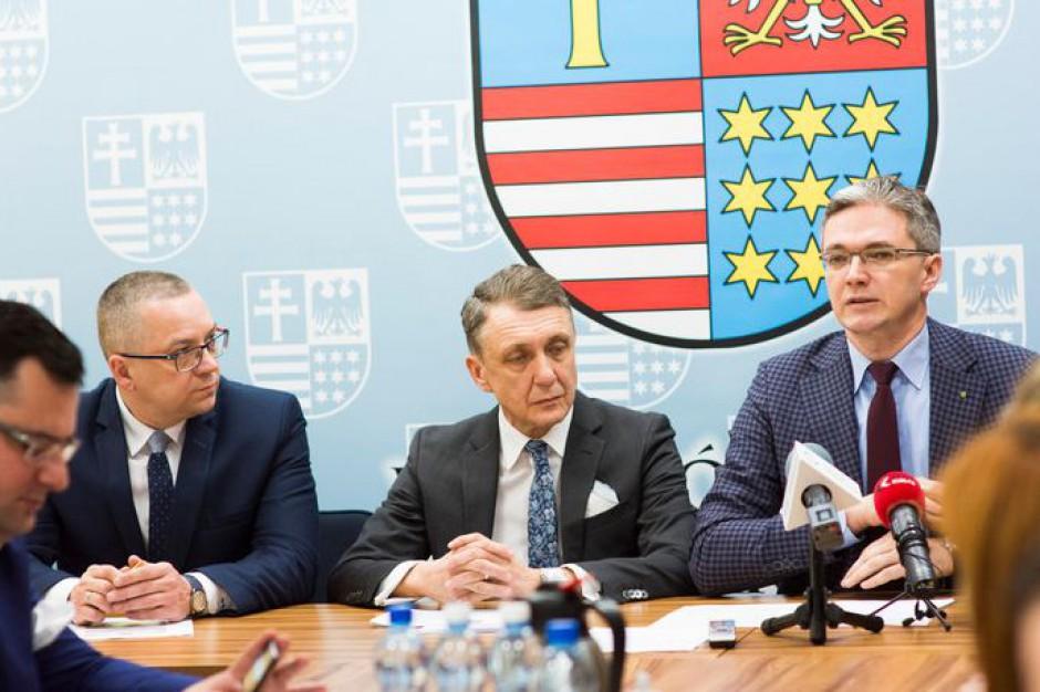 Władze woj. świętokrzyskiego o połączeniu koleją Kielce z CPK