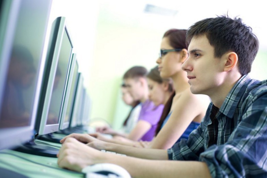Świętokrzyskie: Ponad 750 szkół znajdzie się w zasięgu szybkiego internetu