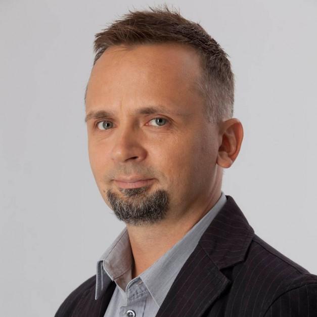 Marcin Jakubowski, burmistrz Mińska Mazowieckiego wygrał w kategorii prezydent/burmistrz (fot. Facebook/Marcin Jakubowski)