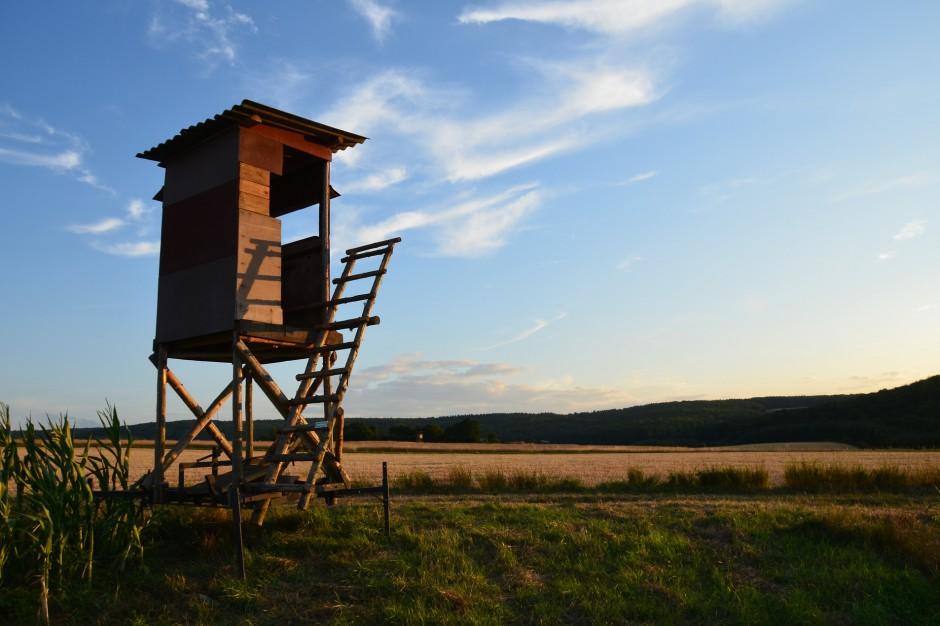Prawo łowieckie: Polowania z daleka od domów