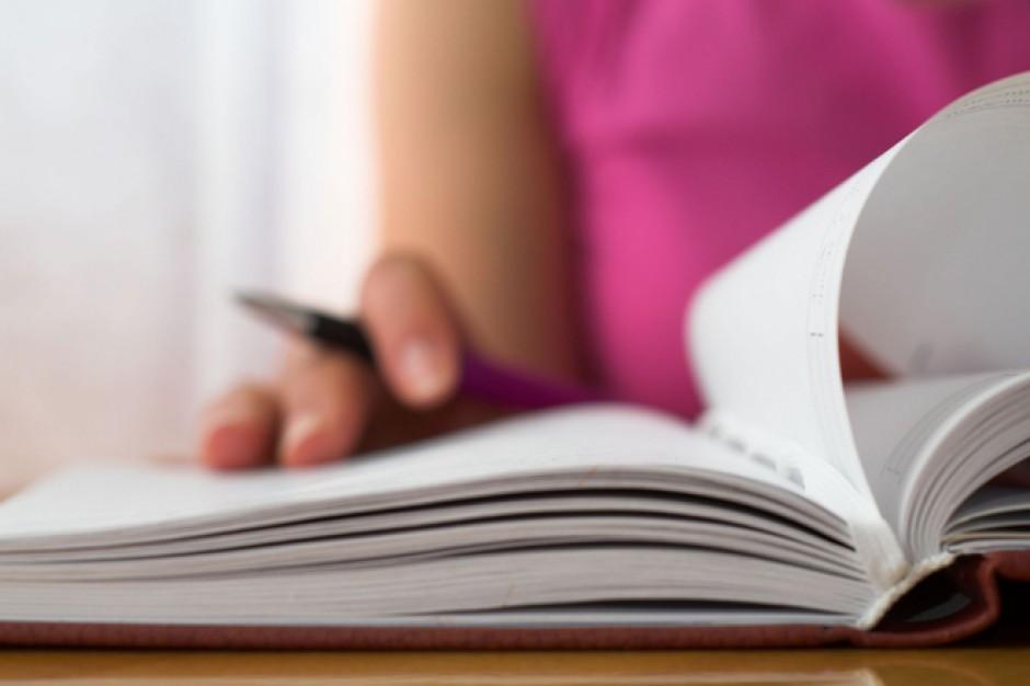 Jest stawka opłaty za egzamin maturalny dla absolwentów z ubiegłych lat