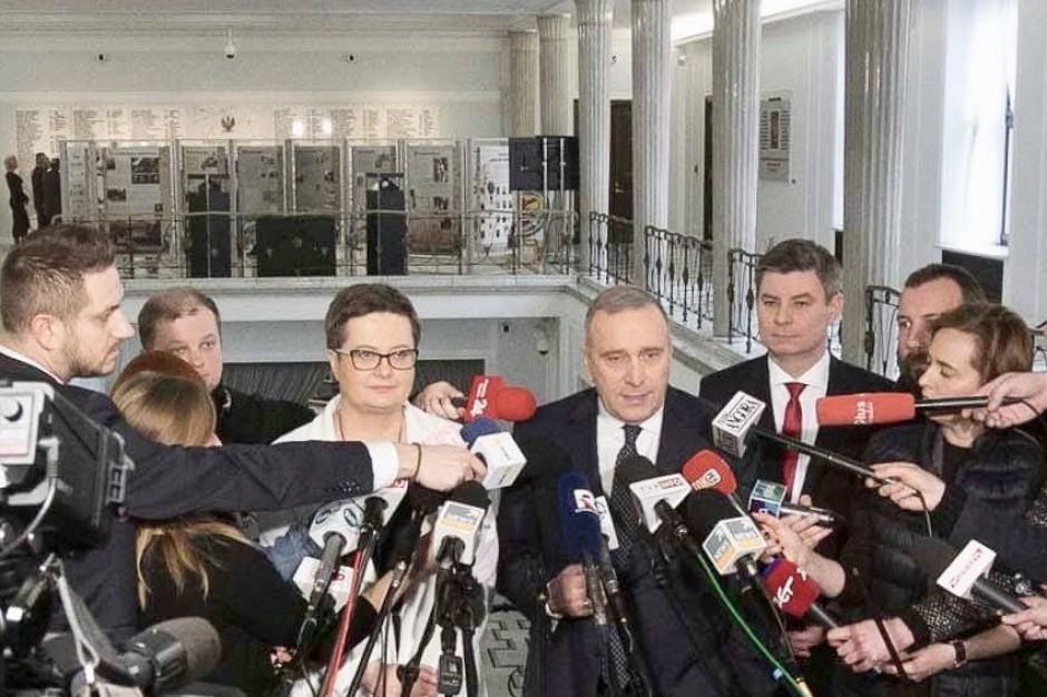 Grzegorz Schetyna: Decyzja PO i Nowoczesnej  jest też dobrym sygnałem dla lewicy