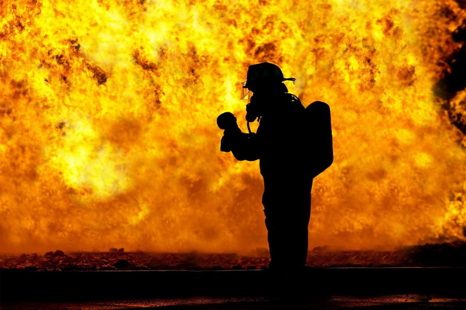 Pożar domu w Pszczynie: Jedna osoba zginęła, jedna ranna