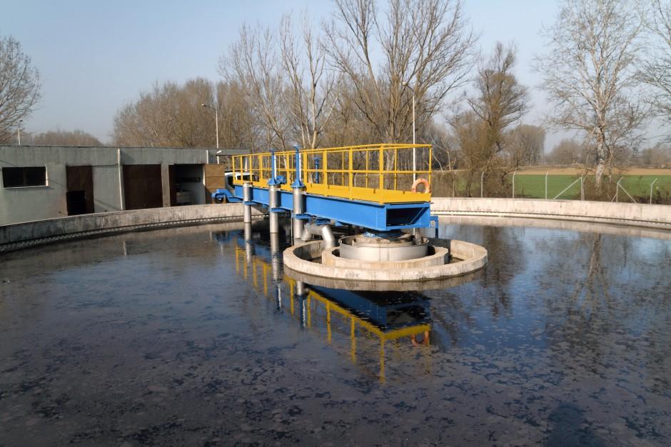 GUS: rośnie liczba oczyszczalni, zmniejsza się pobór wody