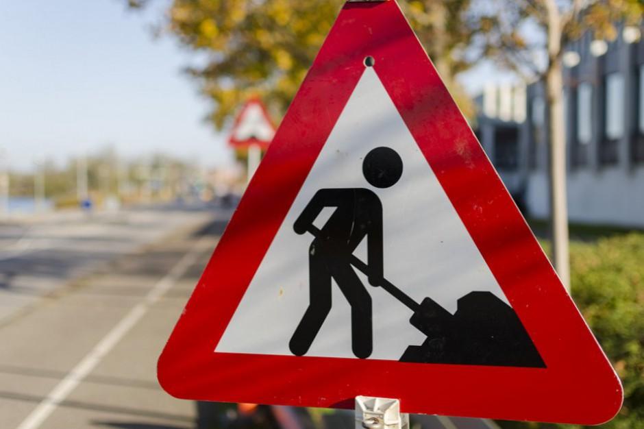 Podwarszawskie gminy dostaną 11 mln zł na budowę dróg