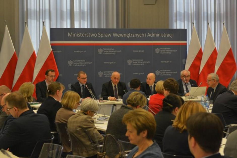 Komisja Wspólna Rządu i Samorządu Terytorialnego: Joachim Brudziński zapowiada nowe otwarcie