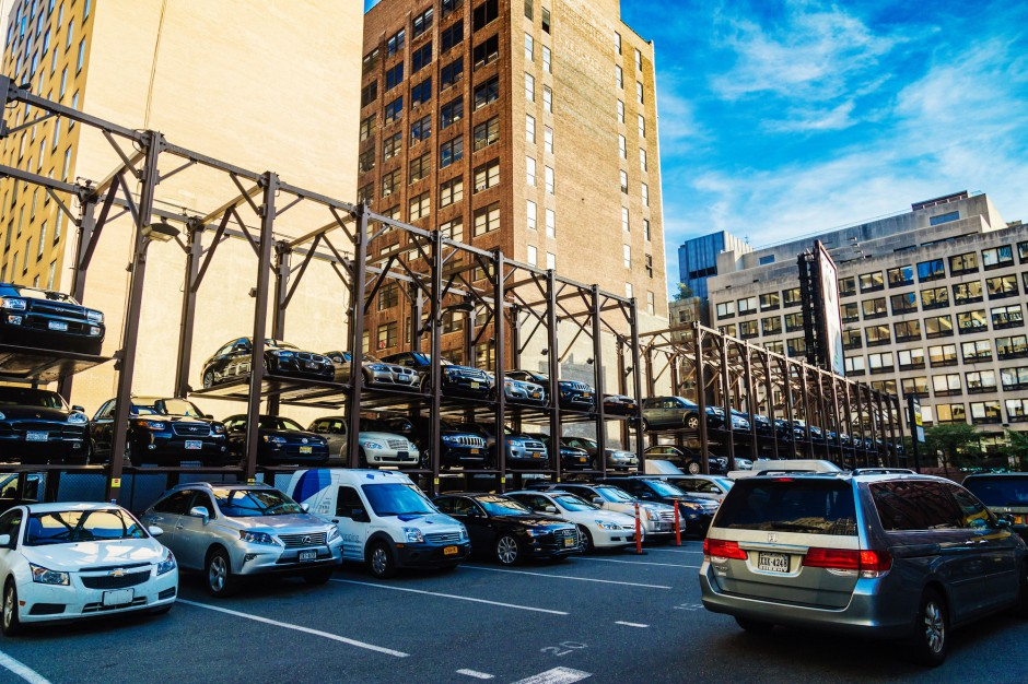 Katowice. Miasto ponownie zamawia wielopoziomowe maszyny parkingowe